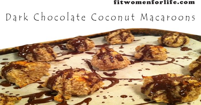 Dark Chocolate Coconut Macaroons_700x366